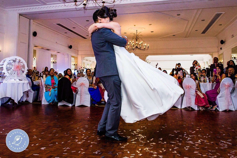 Birmingham wedding photography at Botanical Gardens